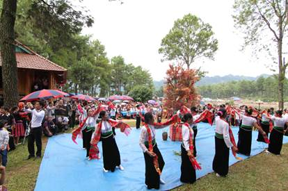 September 1-6: Activities at home and abroad organised to celebrate National Day