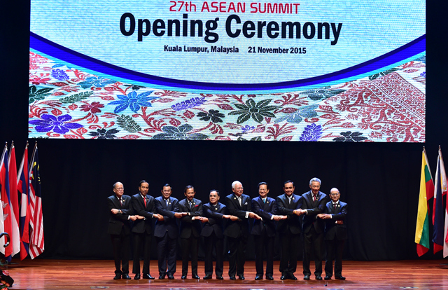 November 16-22: President attends APEC Week in Philippines