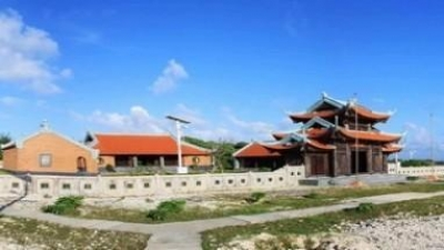 Work starts on two Buddhist temples in Truong Sa