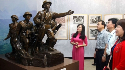 Various exhibitions mark Dien Bien Phu victory