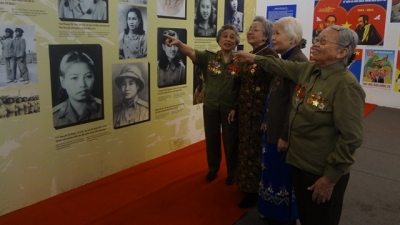 'Dien Bien Memories' exhibition highlights spirit of Vietnamese women