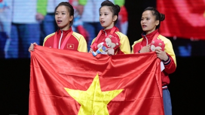 Vietnam secures first taekwondo gold medals in Singapore