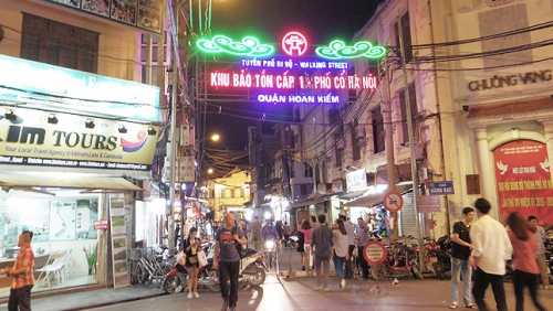 Cultural space in Hanoi's Old Quarter pedestrian streets