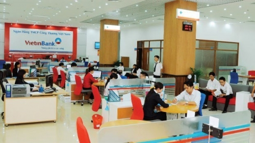 Bank loans maintain growth momentum