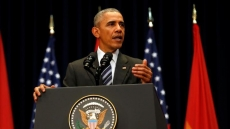US President calls for more solid foundation for bilateral ties