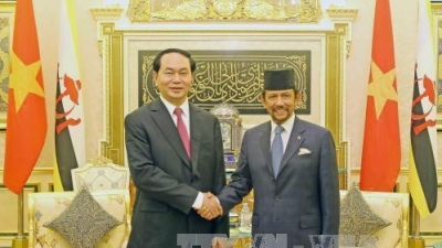 August 22-28: President pays State visit to Brunei