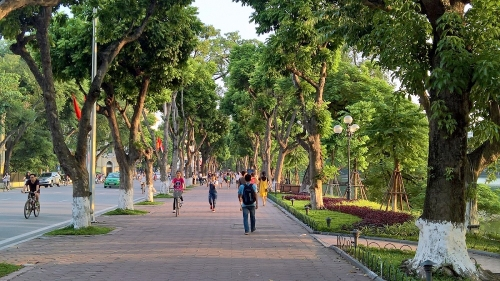 Streets near Hoan Kiem Lake to become pedestrian only at weekends
