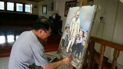 Uncle Ho in the paintings of a Vietnamese expat