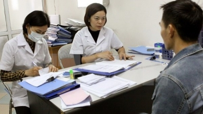 USAID supports Vietnam to forge community links in HIV prevention