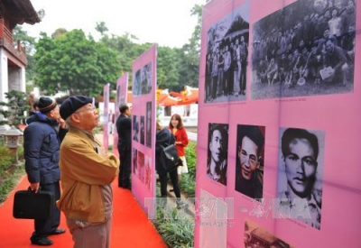 Vietnam Poetry Day opens at Temple of Literature