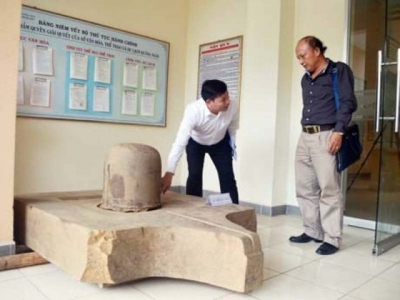 Champa culture's Linga-Yoni set discovered in Quang Ngai