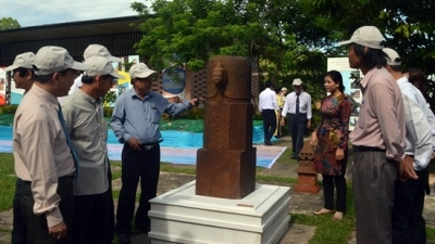 Cham cultural vestiges on show at Quang Nam heritage festival
