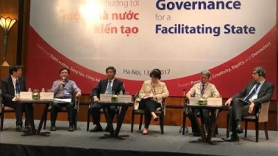Experts: Institutional and governance reforms decisive to Vietnam's future