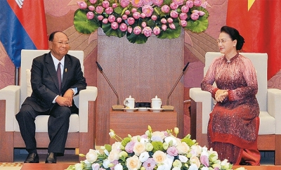 Vietnamese, Cambodian legislature leaders hold talks