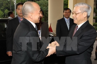 Vietnamese, Cambodian leaders exchange congratulations on diplomatic ties