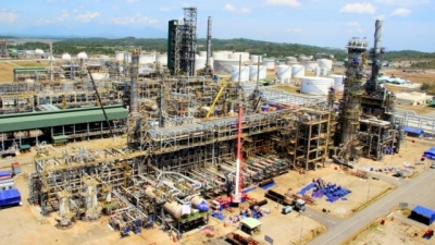 Dung Quat Oil Refinery under maintenance