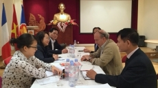 Vietnam, France exchange experience in press and heritage management