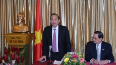 Deputy PM appreciates role of Vietnamese expatriates in Singapore
