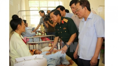 Leaders visit flood victims in mountainous northern region