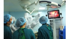 Robotic surgery carried out on liver cancer for the first time