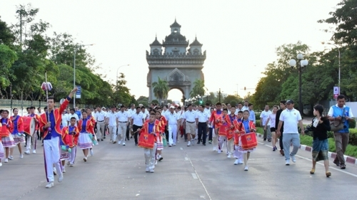 Laos holds mini-marathon to celebrate 50th ASEAN anniversary