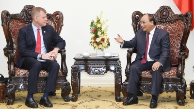 Prime Minister Nguyen Xuan Phuc hails ADB's assistance