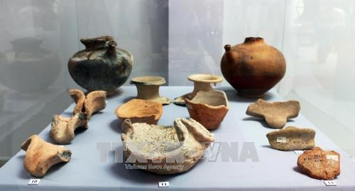 Pottery exhibition on Oc Eo culture opens in An Giang