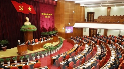 Politburo issues first-ever regulation on personnel rotation