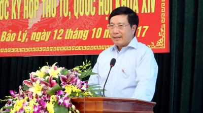 Deputy PM Minh meets with voters in Thai Nguyen