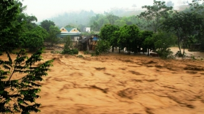 PM urges emergency response to floods and dam safety