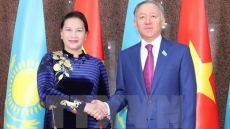 Top Vietnamese, Kazakhstani legislators hold talks
