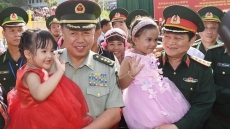 Vietnam-China border defence exchange helps boost bilateral relations