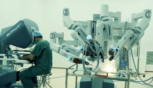 Third hospital in Vietnam applies robotic endoscopic surgery