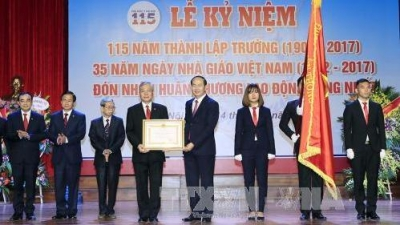 Hanoi Medical University asked to step up scientific research