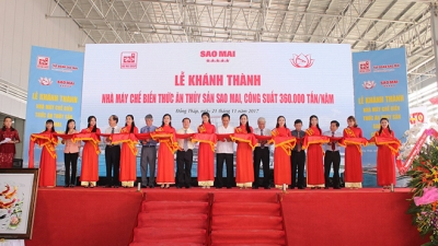 Over US$35.2 million aquatic feed factory opens in Dong Thap