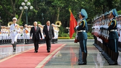 Fostering Vietnam – Laos  traditional friendship and special solidarity