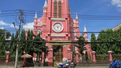 Ho Chi Minh City-based Tan Dinh Church becomes tourist destination