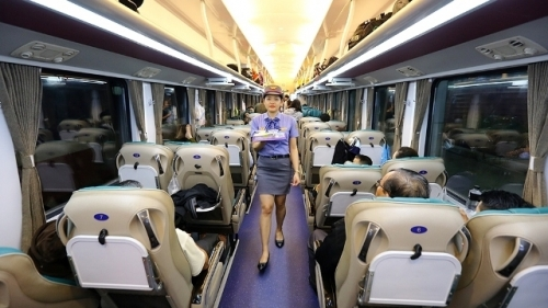 A more comfortable train journey along Vietnam in premium carriages