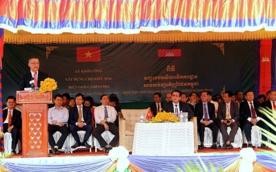 Vietnam invests US$2 million to build border market with Cambodia