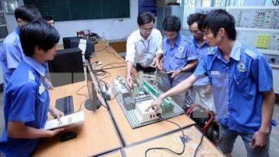 Vietnam, UK intensify cooperation in occupational education