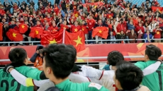 Vietnam seeks Chinese support for flights carrying football fans