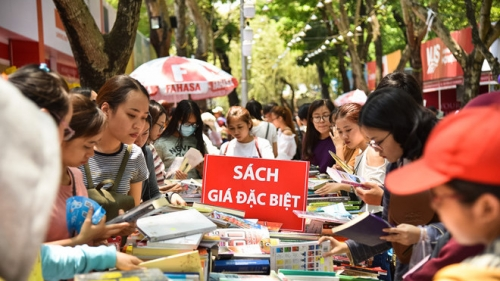 Ho Chi Minh City book festival earns over VND60 billion