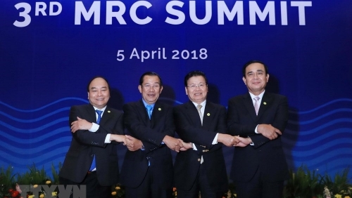 April 2 – 8: PM Nguyen Xuan Phuc attends third MRC Summit in Cambodia