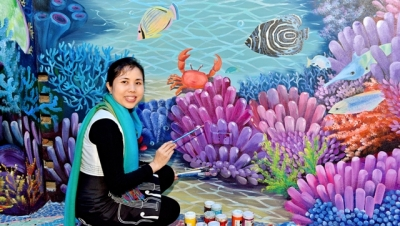 Vietnamese artist Thu Thuy wins silver at International Design Awards