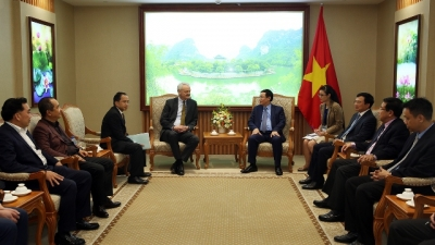 Deputy PM receives Talanx Vice Chairman