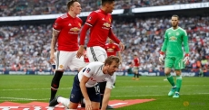 Sanchez inspires MU comeback win over Spurs in Cup semi