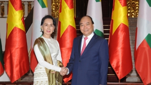 April 16-22: Myanmar State Counsellor pays official visit to Vietnam