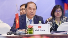 Senior officials review preparations for ASEAN Summit in Singapore