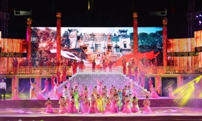 2018 Hue Festival attracts thousands of visitors