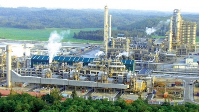 Nghi Son Refinery produces first batch of commercial products